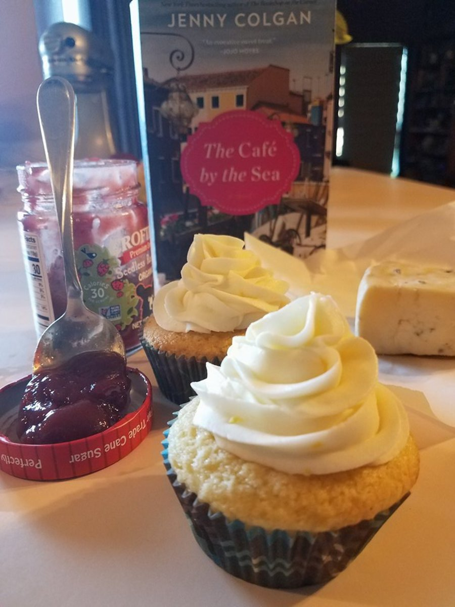 The Cafe by the Sea Book Discussion and Cupcake Recipe