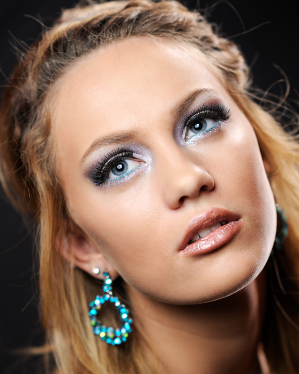 Beautiful makeup can brighten up your day and make you feel fabulous.