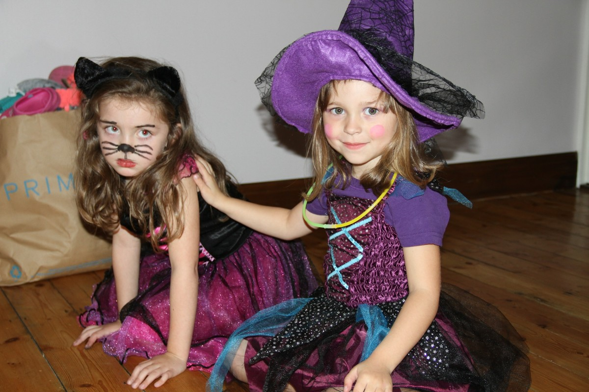 Halloween Safety Tips for Your Kids, Pets and Home