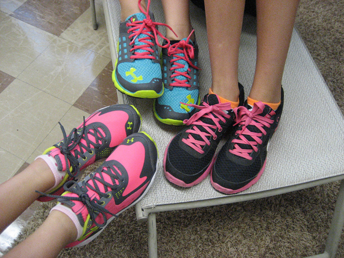 Shopping for Athletic Shoes? Try These Tips for Proper Fit