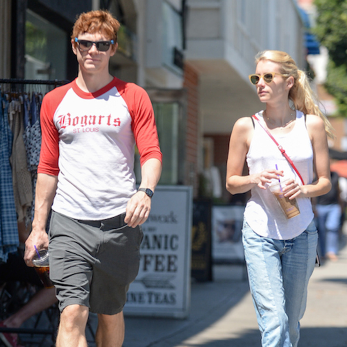 Evan Peters and Emma Roberts. The classic example of an on and off relationship.