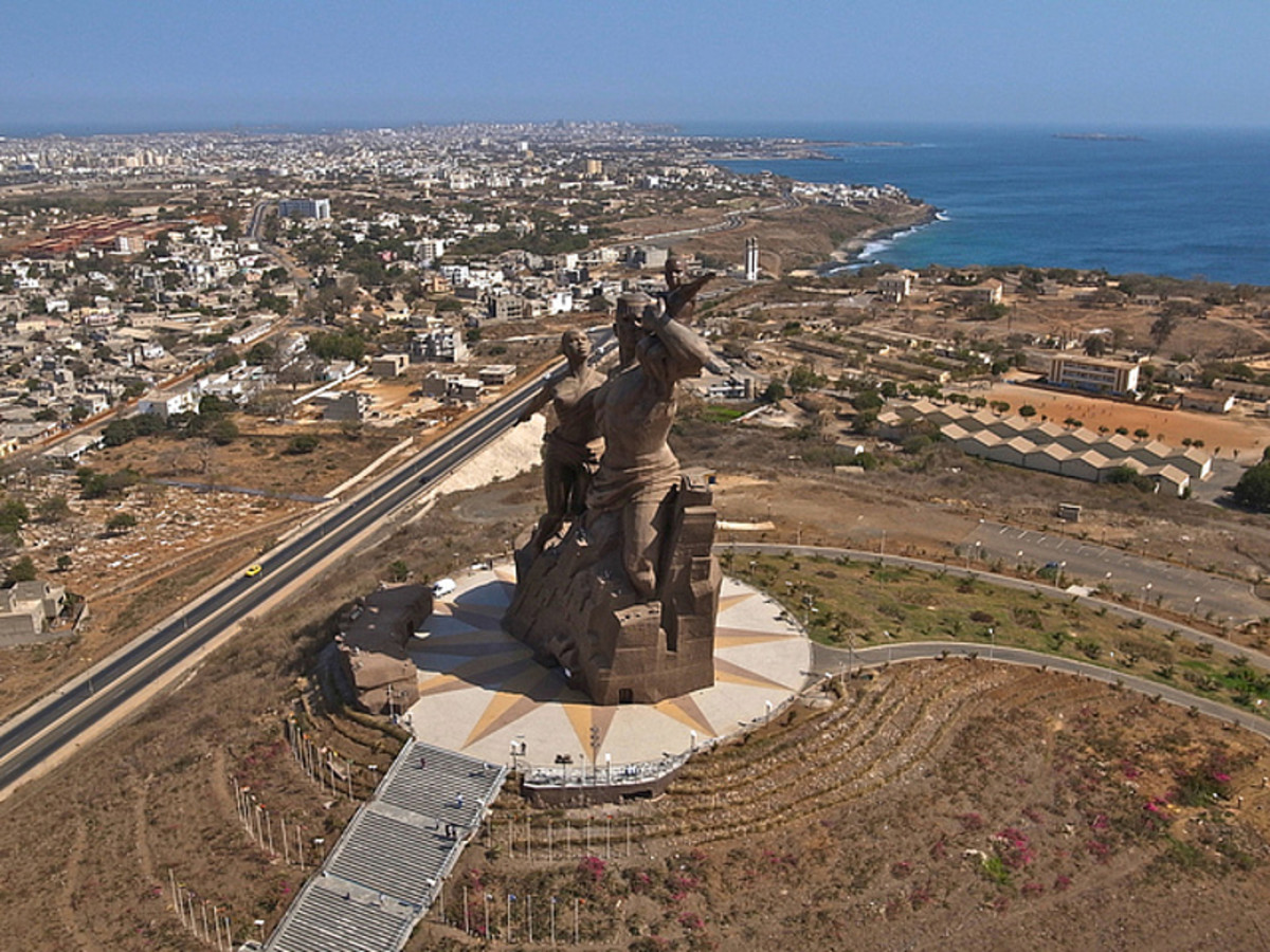 Written French and Wolof in Dakar