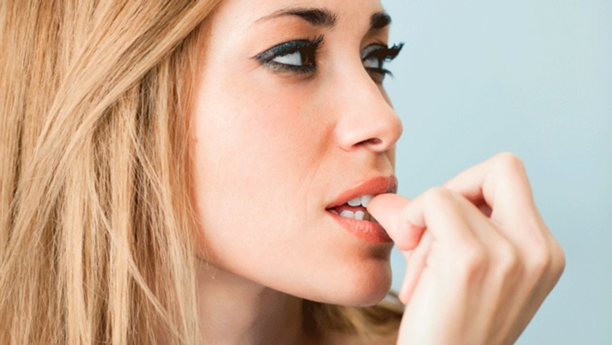 6 Tips and Tricks for Stopping Your Nail-Biting Habit
