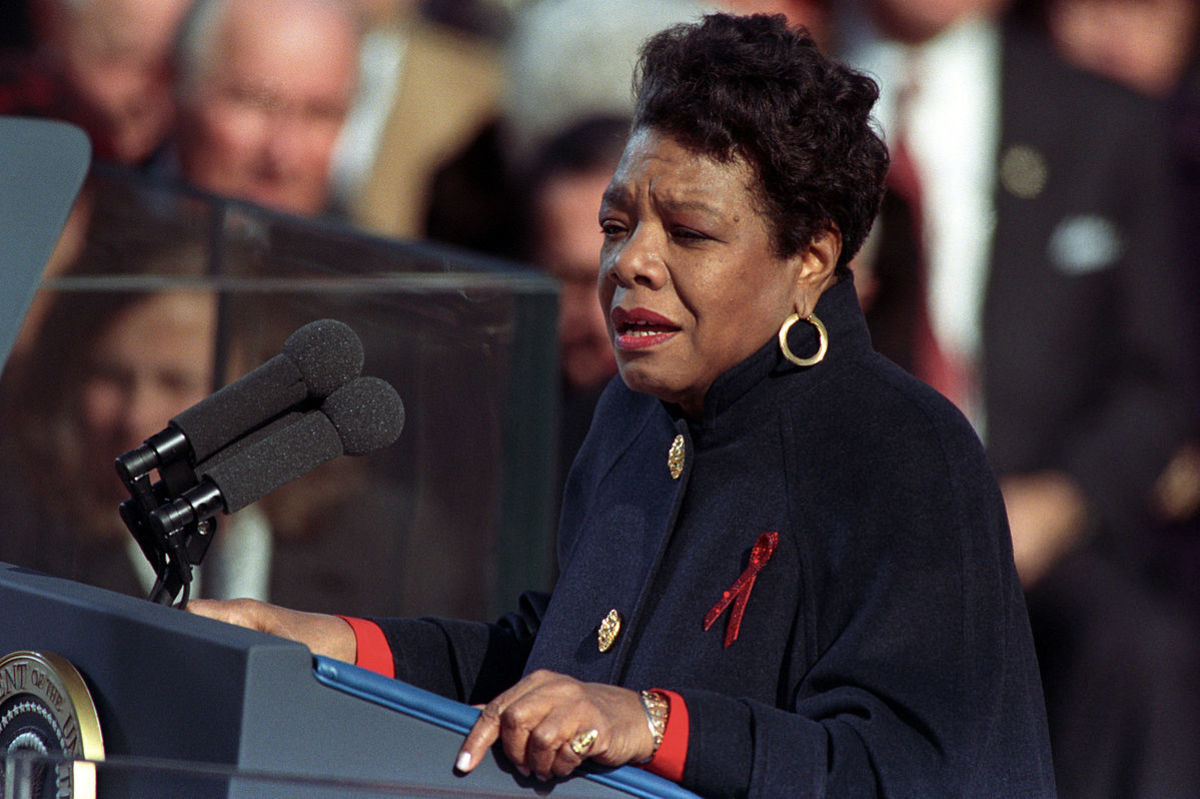 "Analysis of Poem ""On The Pulse Of Morning"" by Maya Angelou"