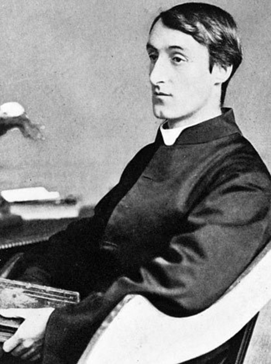"Analysis of Poem ""God's Grandeur"" by Gerard Manley Hopkins"