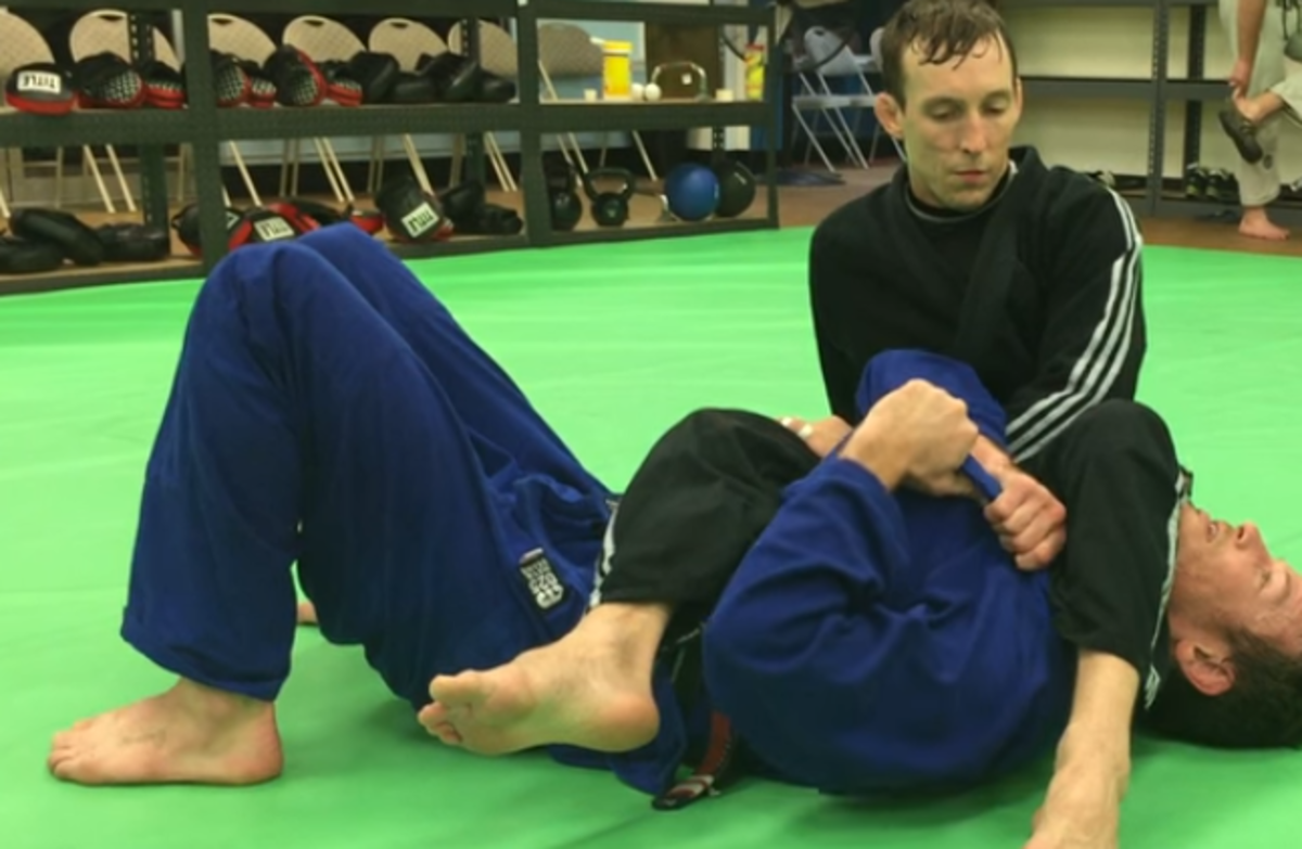 How to Escape an Armbar in Brazilian Jiu-Jitsu