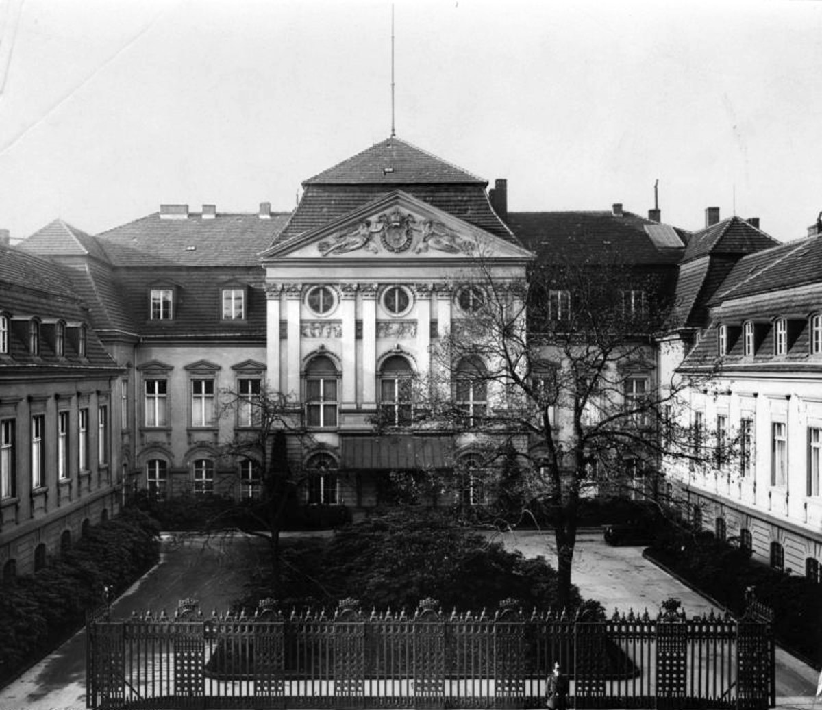 The Old Reich Chancellery (the new building was not finished until after the Hossbach Conference)