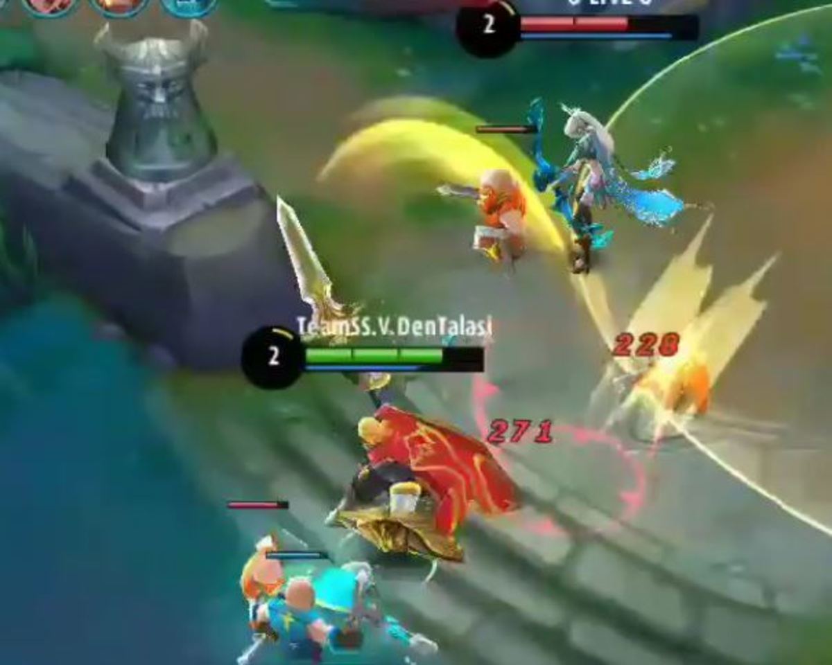 Tigreal Hurling the Enemy into the Air with his Sacred Hammer Skill