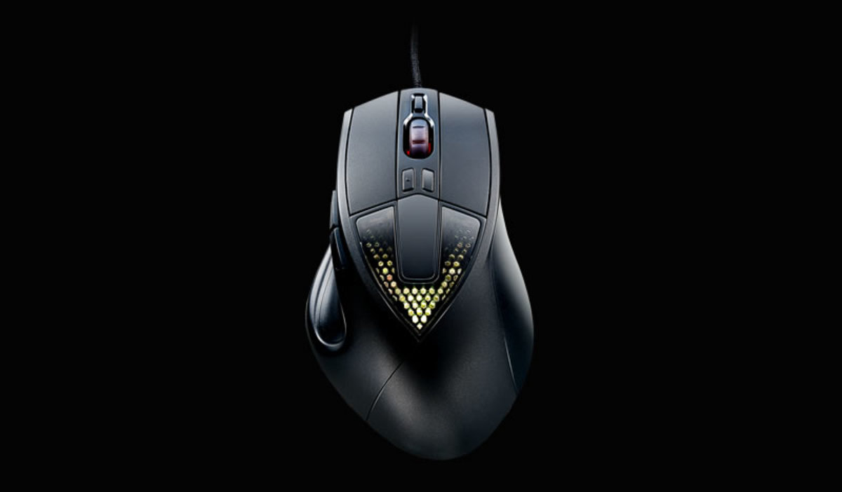 CM Storm Sentinel III is the latest mouse from Cooler Master aimed specifically at palm grip users.