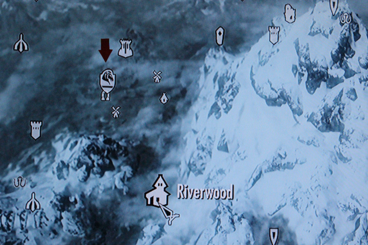 Follow the Red Arrow to find Whiterun.