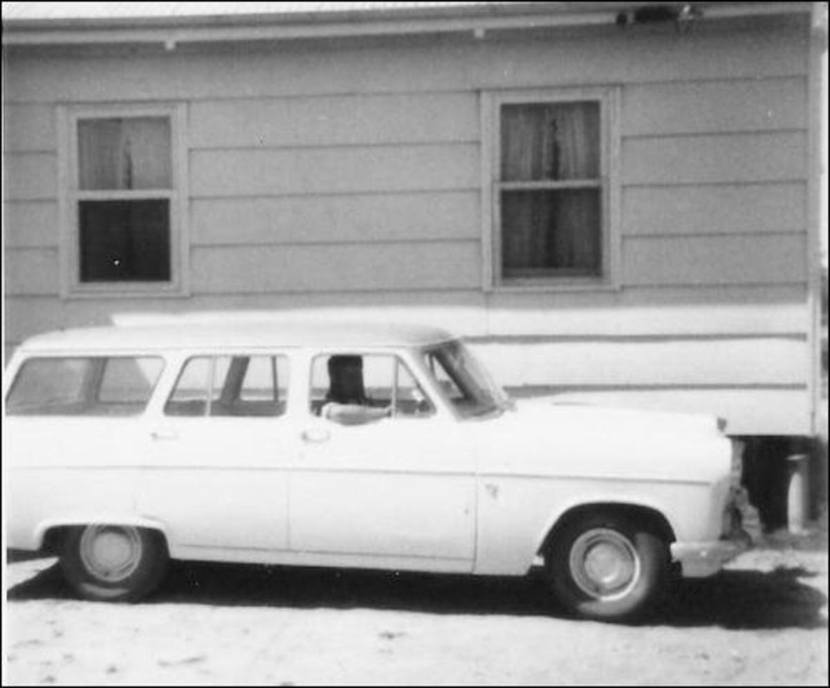 Our house in Lameroo, Australia in 1967. You can see the asbestos blocks on the house