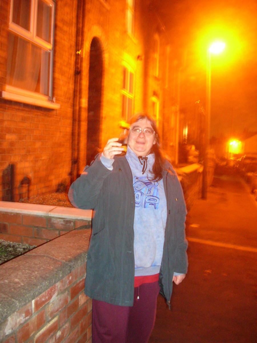 Not very flattering is it. My New Year photo from 2008. Clothes are XXL size. I wasn't well at all and I wasn't receiving treatment.