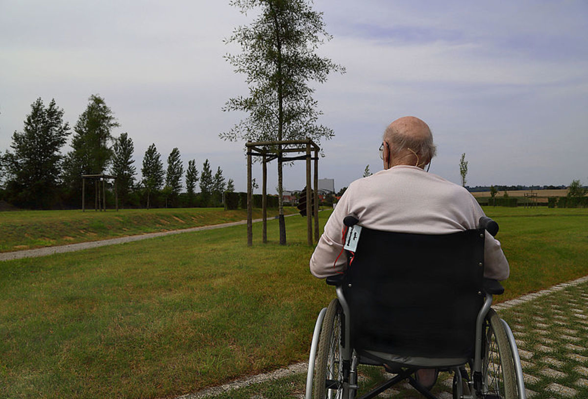 According to the Alzheimer's Association, one third (33%) of the people with dementia said they lost friends following a diagnosis. Photo by Jamain
