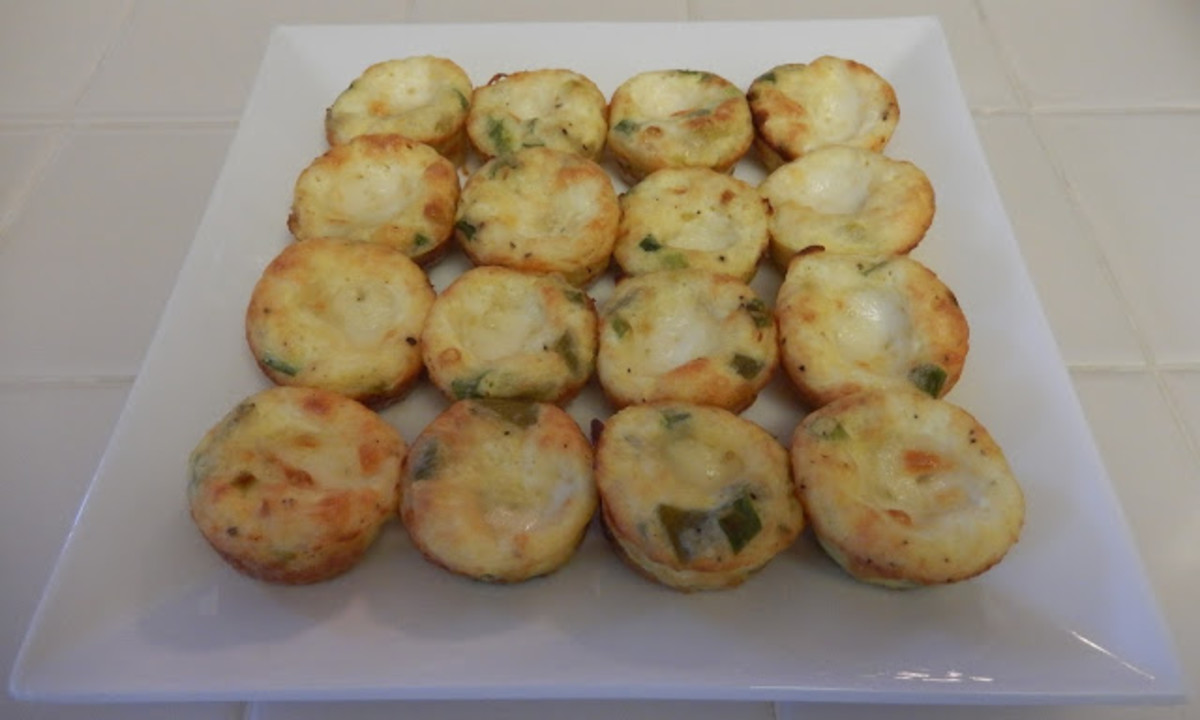 Crustless Quiches are a great way to use eggs and leftover veggies for quick protein bites.