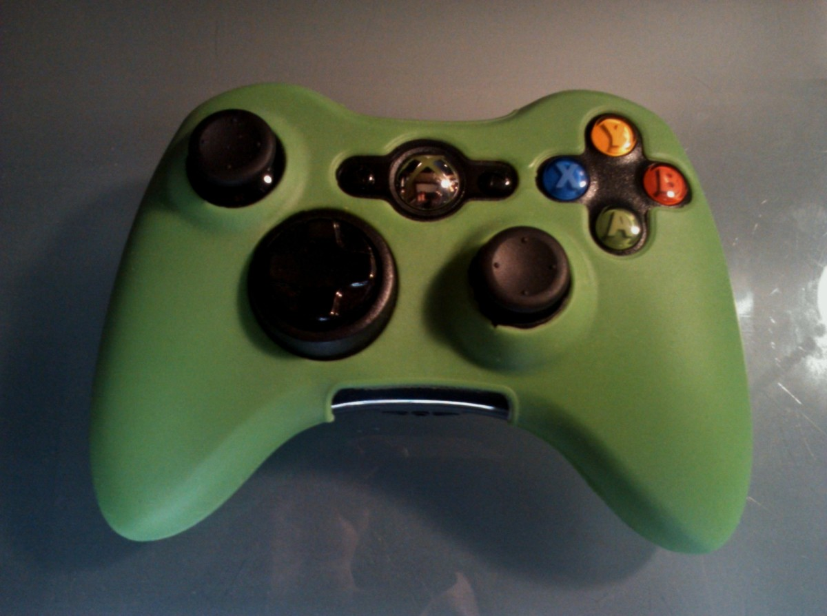 This Xbox 360 controller has a flexible controller grip that makes it easier to hold.