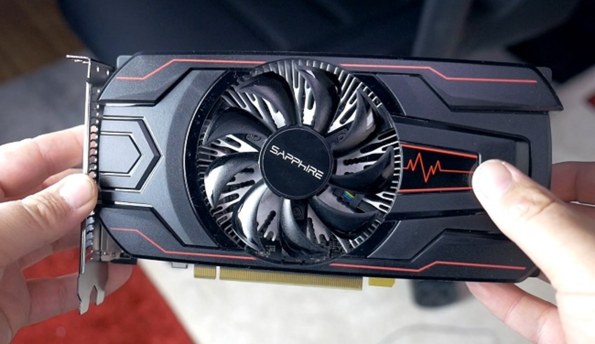 Here's a look at the Sapphire Pulse RX 560. It performs admirably in DX12 but falls short to the GTX 1050 in DX11 titles.