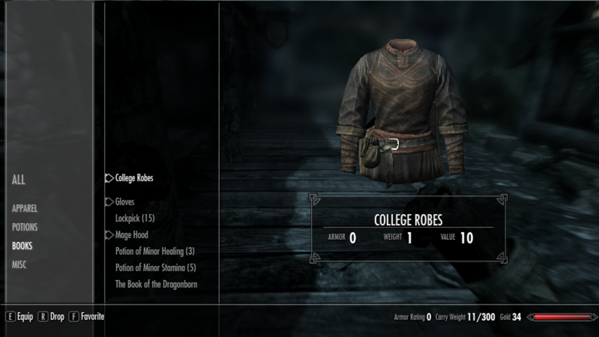 The default Skyrim User Interface as designed by Bethesda showing your characters equipment.