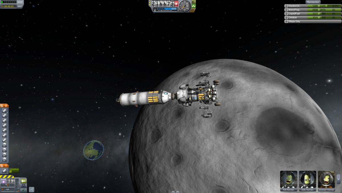 A rocket with a lander orbiting one of the Muns of Kerbin
