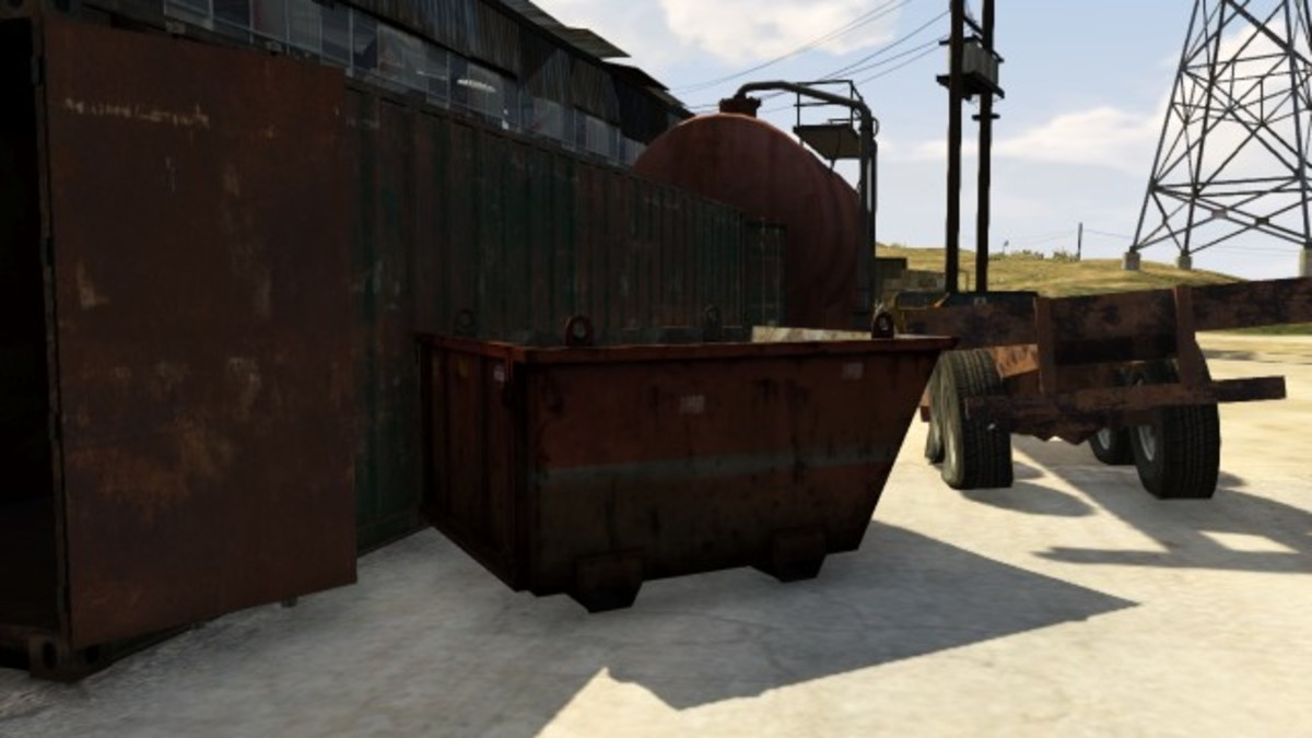 This Dumpster is right next to the above, but outside of the warehouse. You and another player can cover each other. You can also directly engage enemy vehicles here.