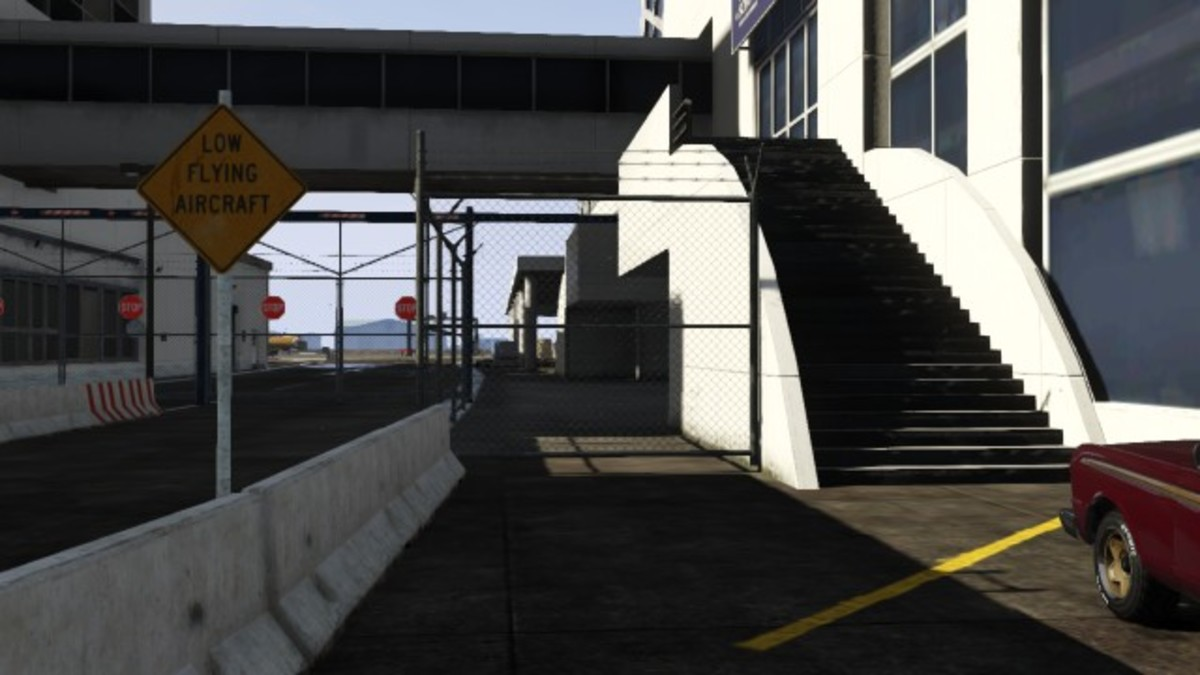 This fence at the South-West entrance can be knocked down with a vehicle easily. (NOTE: This fence does not break as easily in the next gen version.)