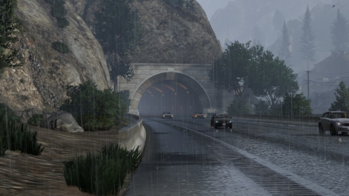 The prison bus will drive through this tunnel. Be ready with your Sniper Rifle, it will be in the left (your right) lane.