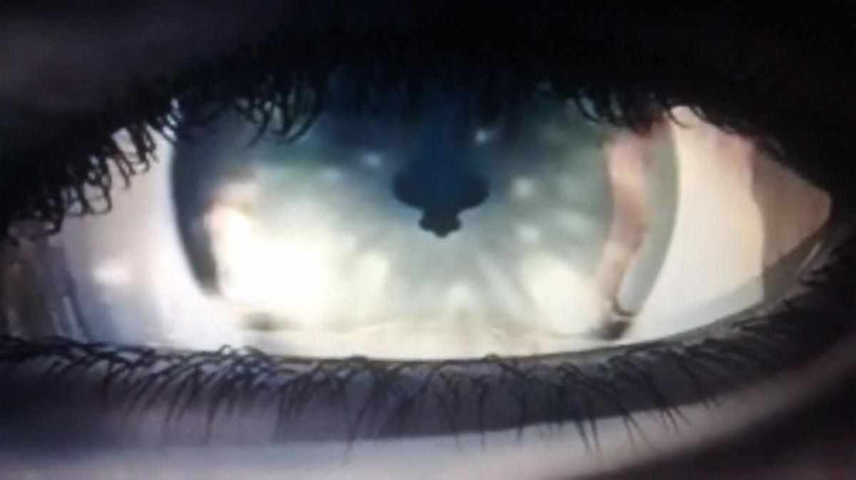 Squall's eye as he falls