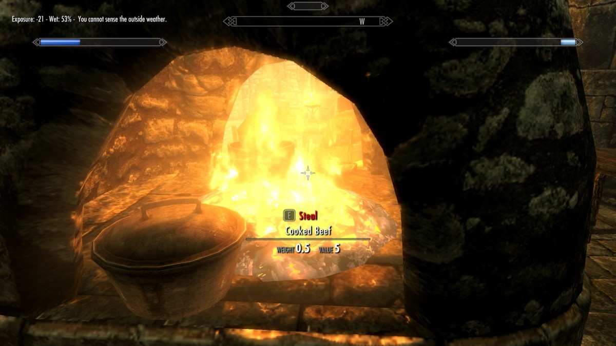 The fire in the Inn is now warming me. You can see my Frostfall Weathersense meter is telling me I am warm.