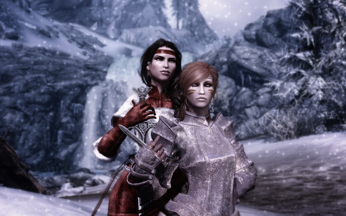 """A player character in """"Skyrim"""" wearing armour from the """"Xenius Armour Compilation"""" mod."""