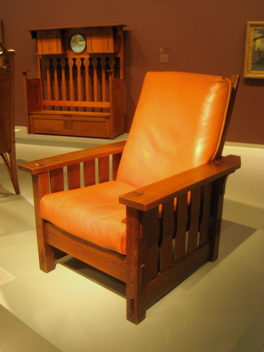1902 Adjustable chair by Gustav Stickley in the Arts and Crafts style