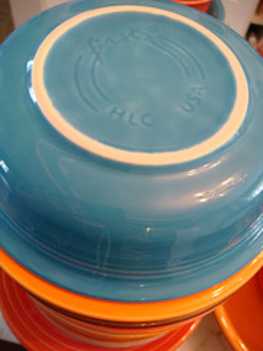 """Another accepted trademark """"HLC"""" Sometimes the Homer Laughlin China is written out in words, Made in USA"""