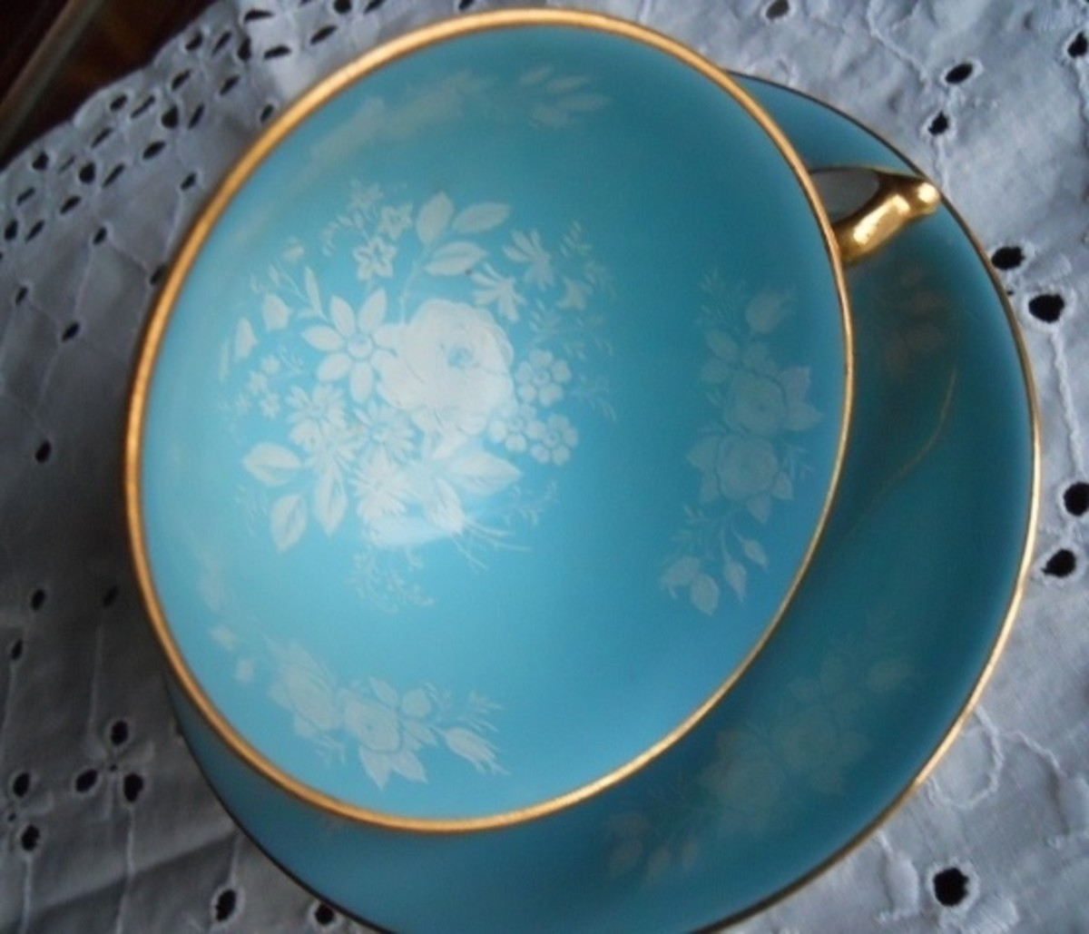 Purchased in 1970s —May Be Older—A British manufacturer of bone china, founded in 1775.