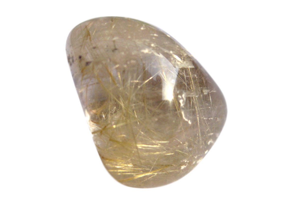 "The little golden hairs of ""Venus hair stone""."
