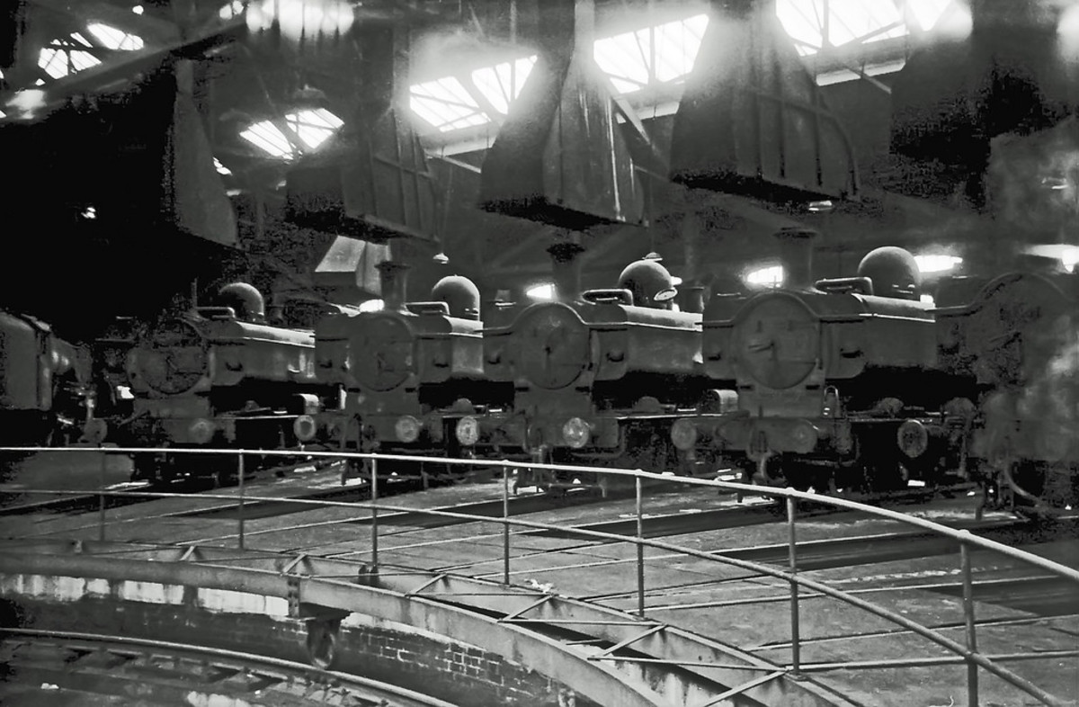 Stourbridge mpd in 1966 reflects the state of steam on the Western Region. Pannier tank locos stand arranged around a central turntable to await their fate