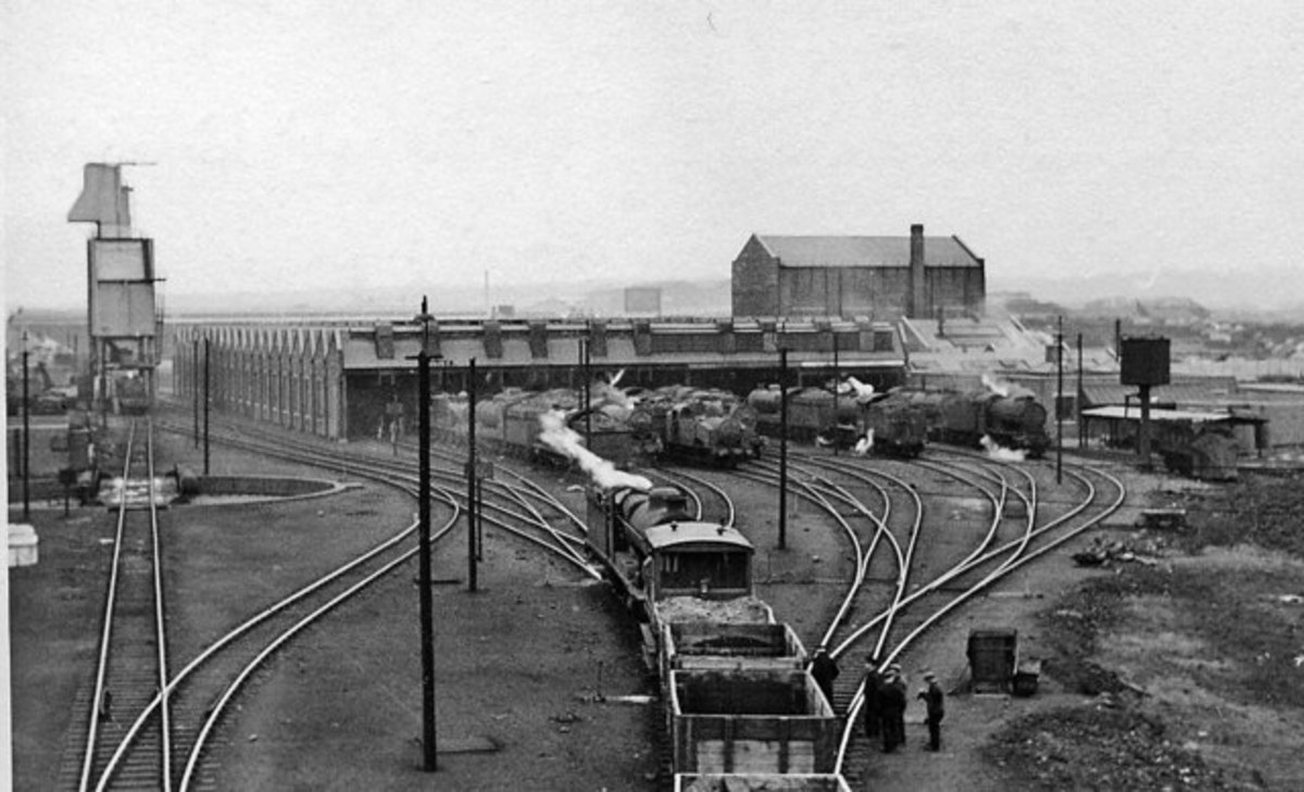 Sheffield Darnall shed was BR Eastern Region (formerly Manchester, Sheffield & Lincolnshire Rly then Great Central Rly) until transfer in 1956 to Midland Region
