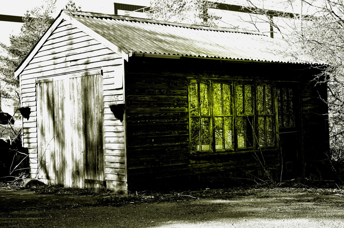 Bonus prompt: a photo of mysterious shed.