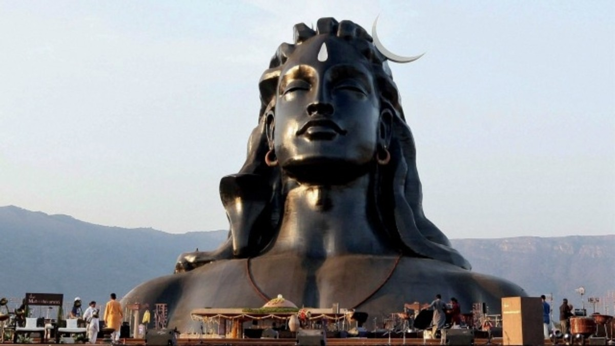 Statue of Adiyogi Lord Shiva in meditation