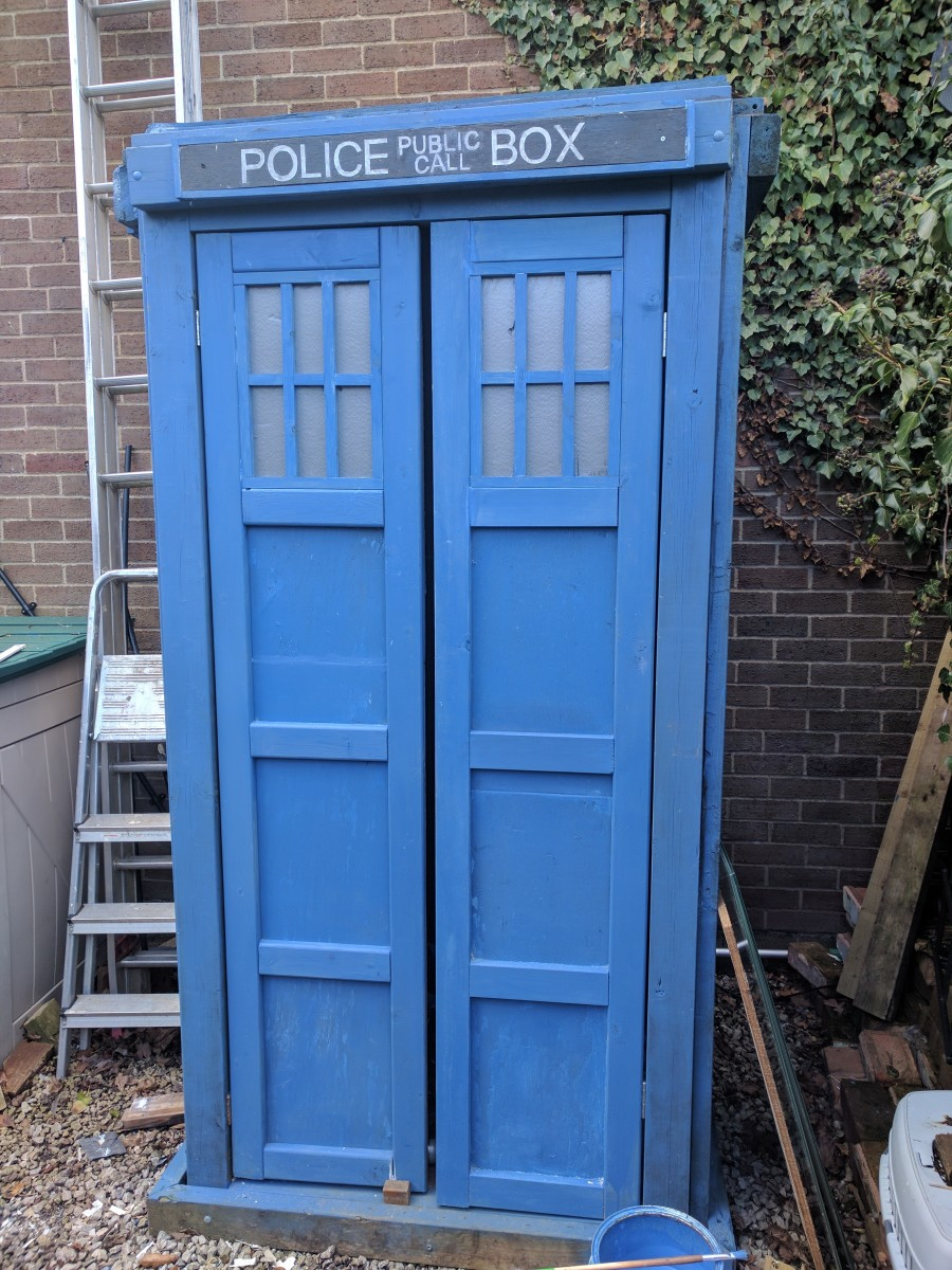 TARDIS doors replete with sign over top & How I Made a TARDIS Shed | HobbyLark
