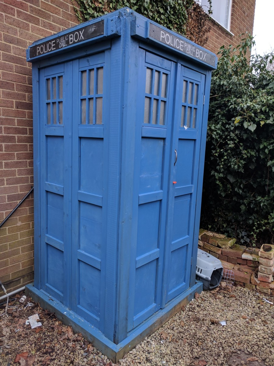 The TARDIS! One day I'll get around to making the 'Pull to Open' sign