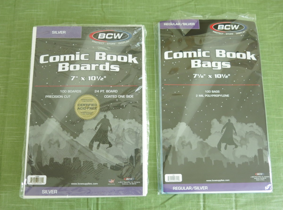 Materials for Packaging Comic Books for Shipping