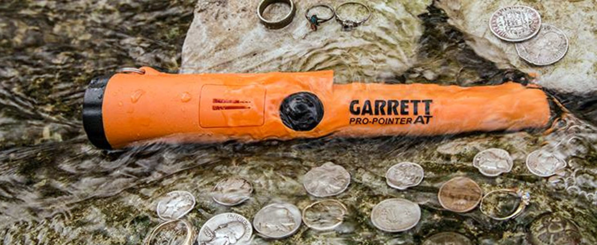 The Garrett Pro Pointer's waterproof housing makes it perfect for locating submerged treasure.
