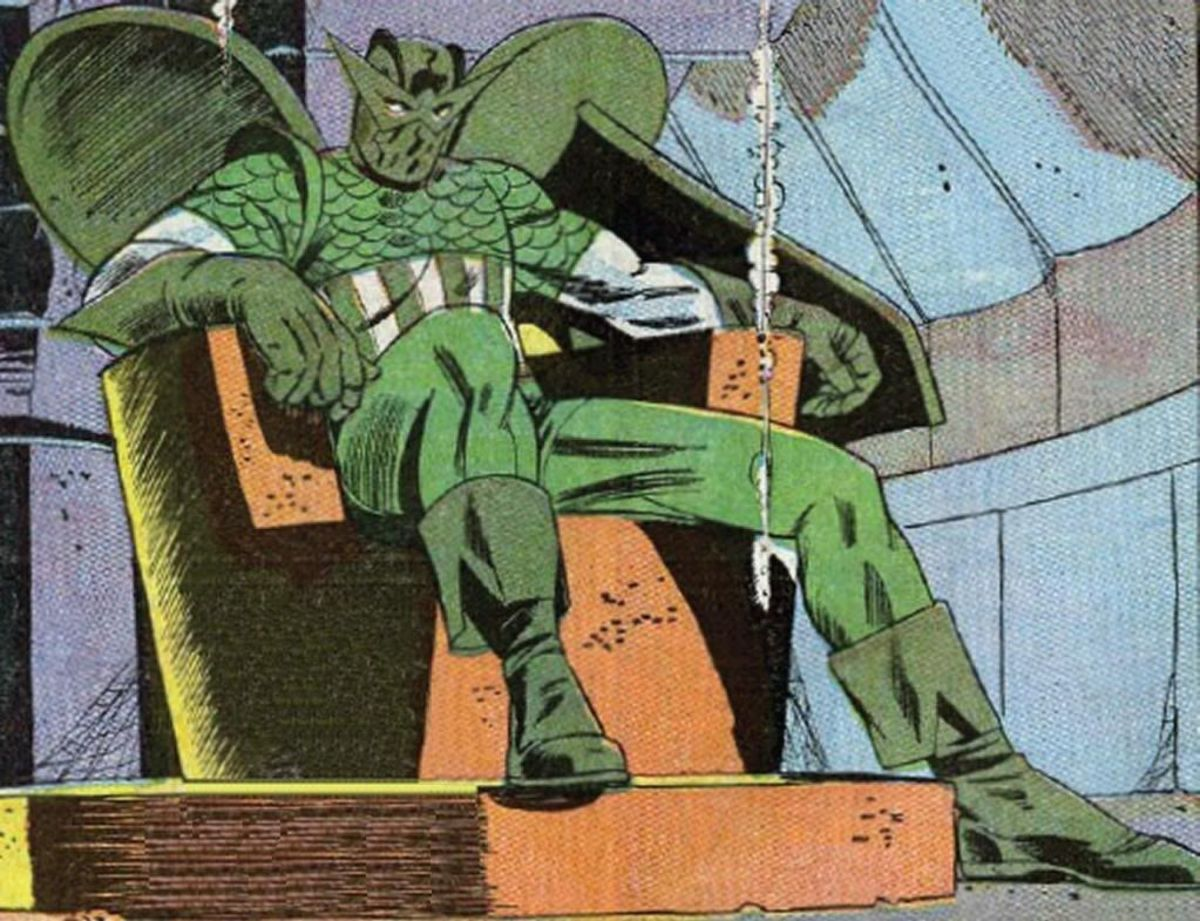 The Super Adaptoid mimicking Captain America and Hawkeye