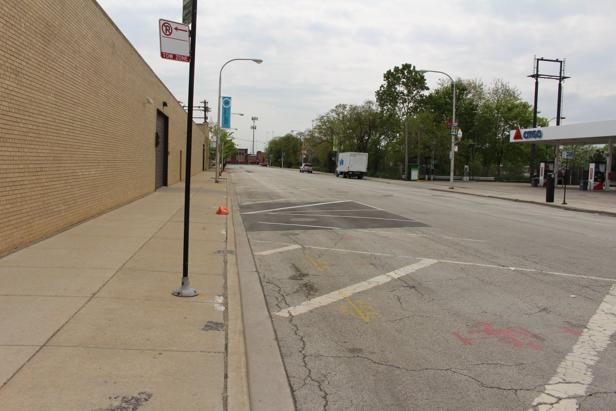 According to Google this is where the NEW Maxwell Street Market is held on Fridays and Sundays. 800 Desplaines Street. (facing south)