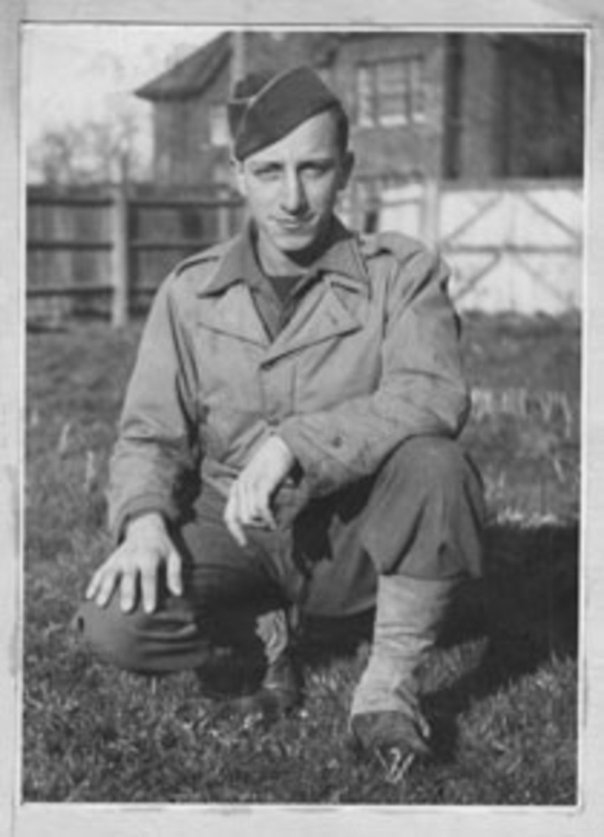 1944 photo of Ralph H. Baer in his Army uniform