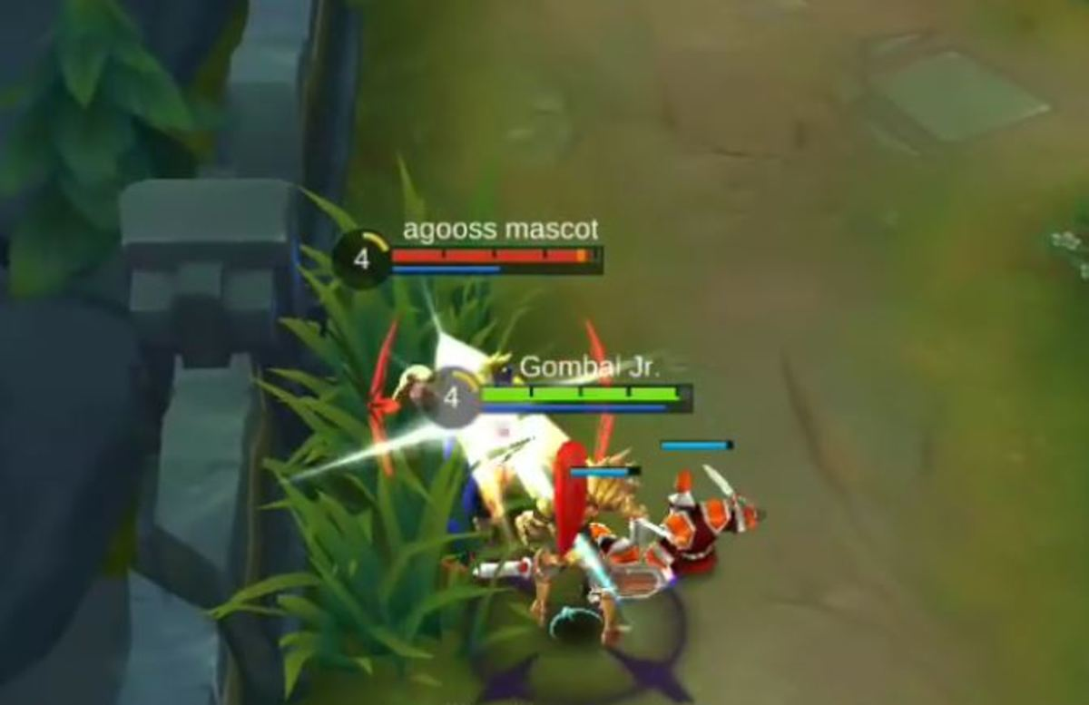 Zilong Rushing Towards an Enemy With Spear Strike