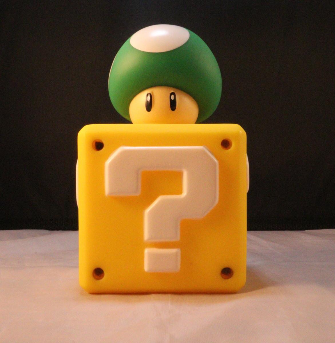 Super Mario Vinyl Figure