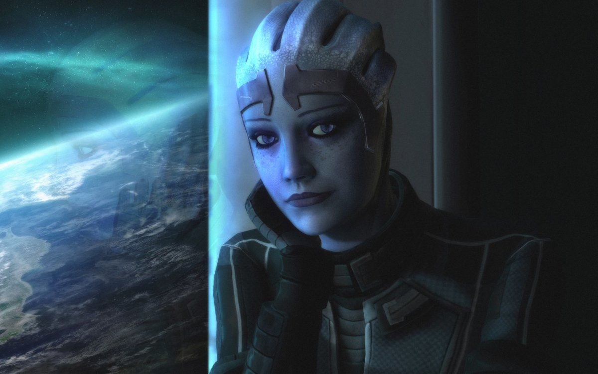 Liara is a beautiful alien that you can woo.