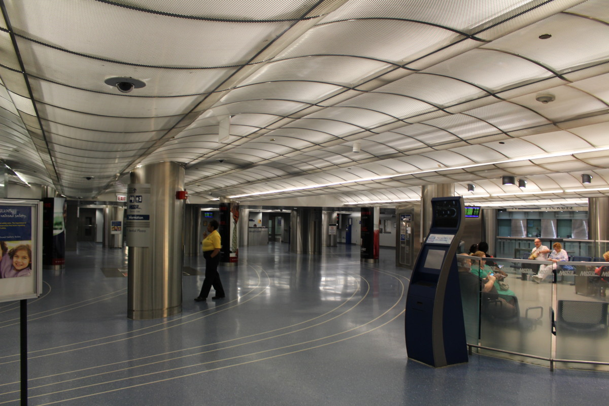Millennium Terminal circa July 2015. Pretty much the only section of the pedway that I've explored. Well…. Does that bit of mall between the Red and Blue lines at Washington count?