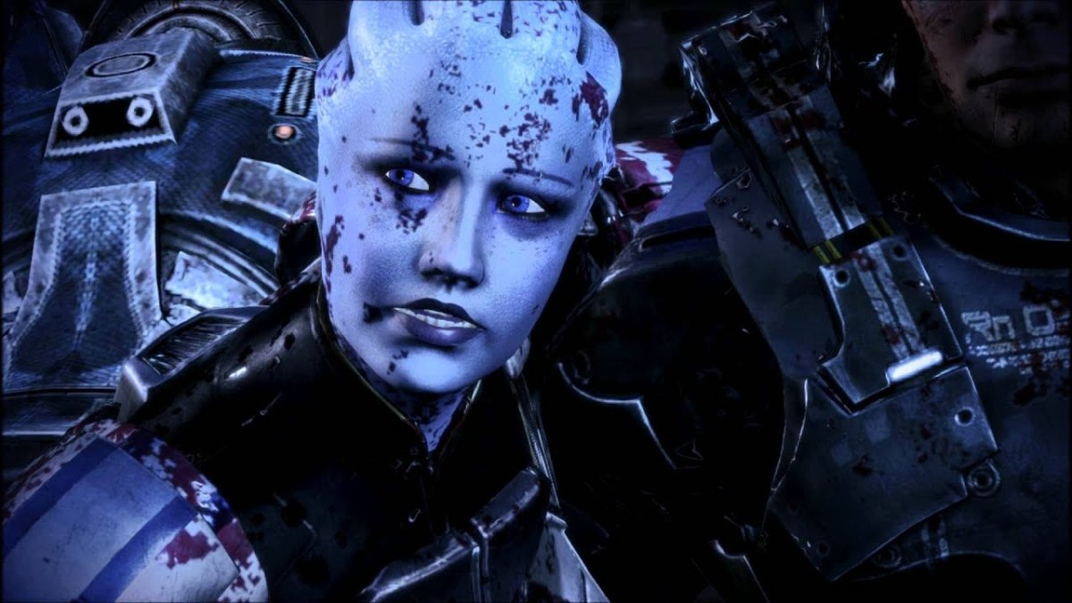 Liara tries to stay with Shepard in the Extended Cut.