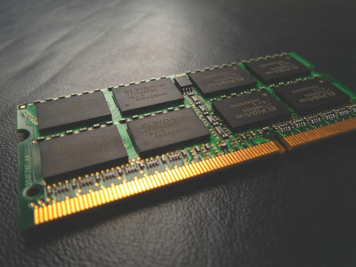 A SODIMM-type RAM card, similar to the ones used in my laptop.