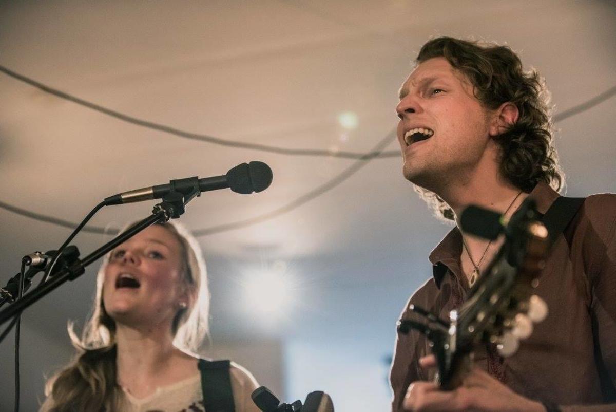Flint & Feather: Canadian Folk Band Profile